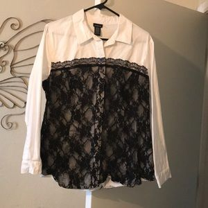 White cotton shirt with black lace bodice